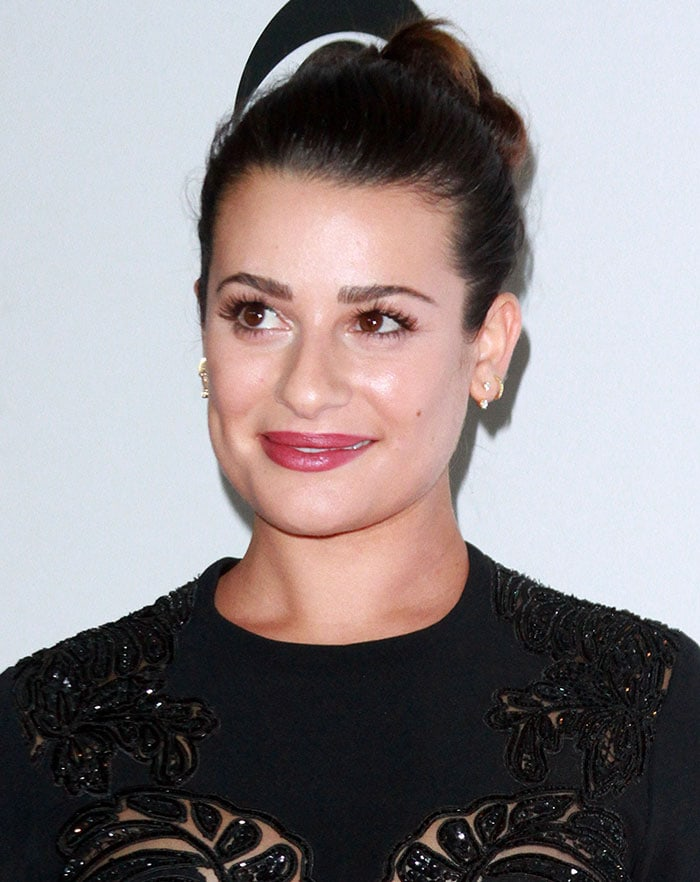 Lea Michele wears her hair back at the People's Choice Awards