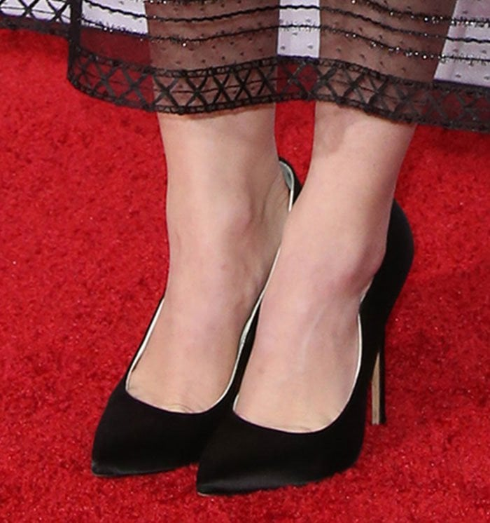 Lucy Hale's feet in Brian Atwood pumps