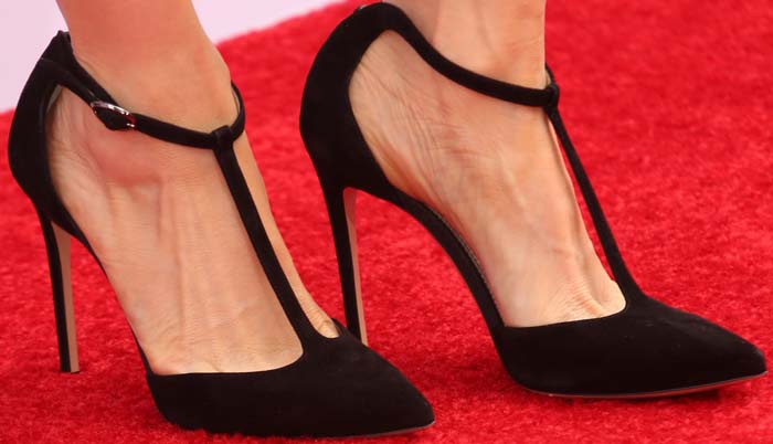 "Lucy Liu showed off her feet in ""Isabella"" Mary Jane pumps from Neil J. Rodgers"