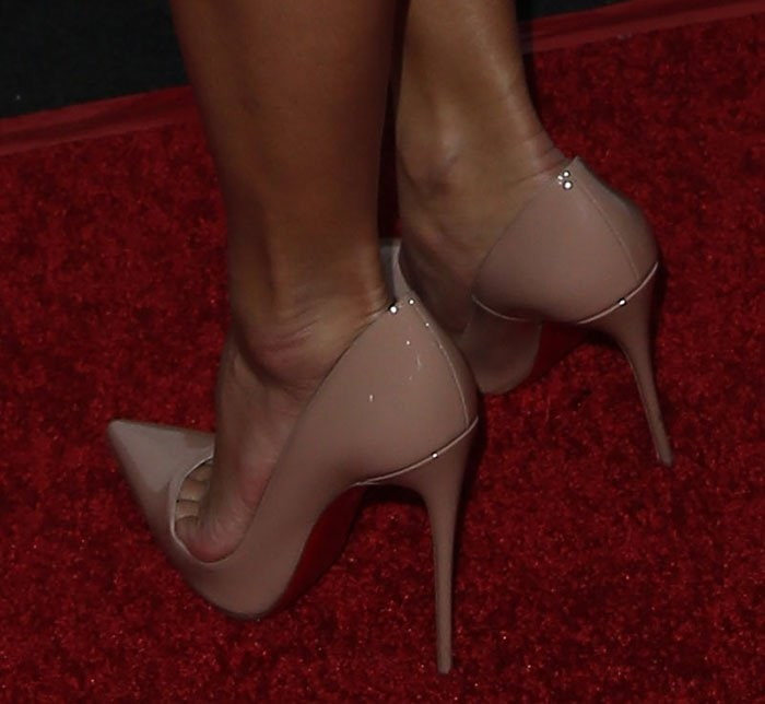 Nicole Scherzinger in nude patent So Kate pumps
