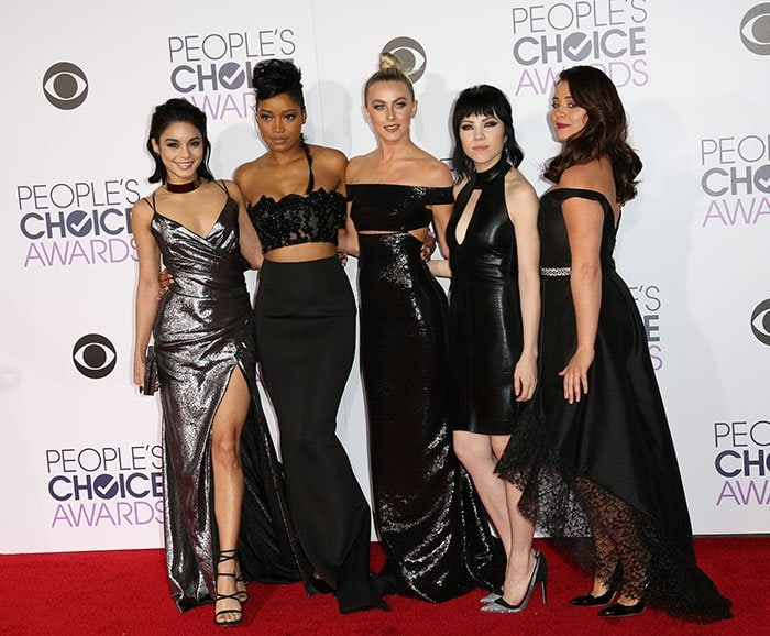 _Pink-Ladies-of-Grease-Live-People's-Choice-Awards