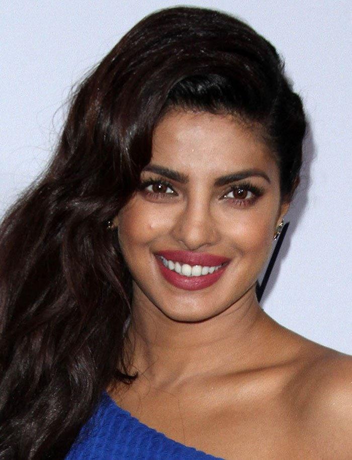 Priyanka-Chopra-hair-makeup