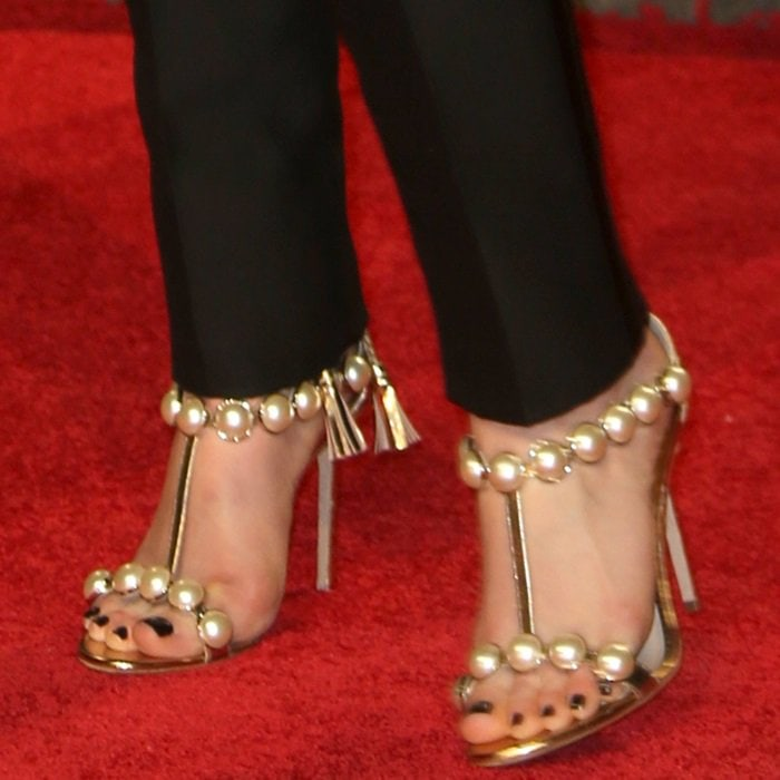 Ruth Wilson's feet in oversized pearl-and-glitter sandals by Paula Cademartori