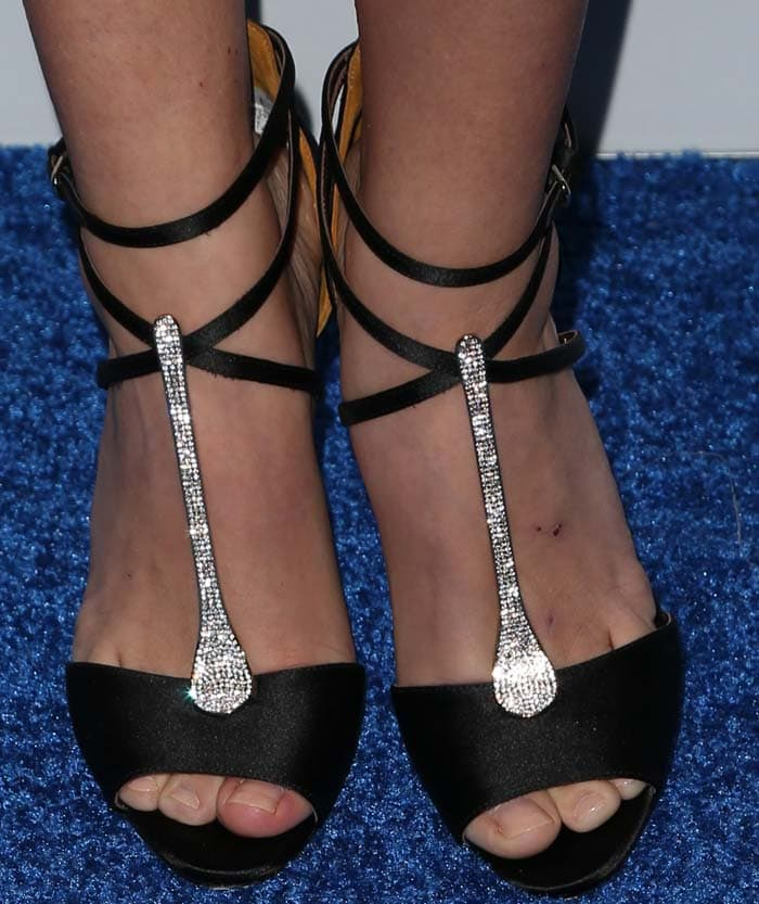 Sarah Hyland shows off her sexy feet in Brian Atwood sandals