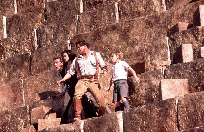 Brendan Fraser, John Hannah, Rachel Weisz, and Freddie Boath in The Mummy Returns