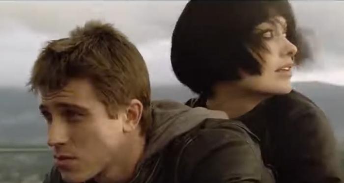 "Garrett Hedlund as Samuel ""Sam"" Flynn and Olivia Wilde as Quorra in the final scene of Tron: Legacy"