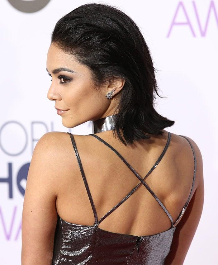 Vanessa-Hudgens-sexy-back