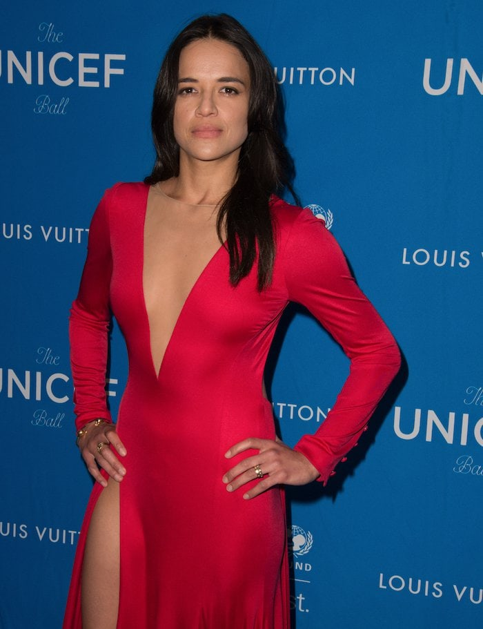 Michelle Rodriguez's long-sleeved crimson dress