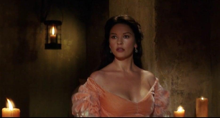 Catherine Zeta-Jones highlighted her sex appeal in The Mask of Zorro