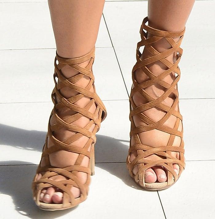 Chrissy-Teigen-Manolo-Blahnik-Tan-Suede-Sandal-Booties