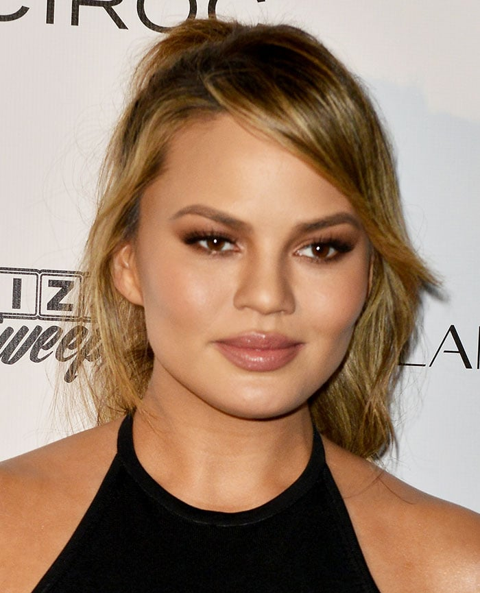 Chrissy-Teigen-hair-makeup