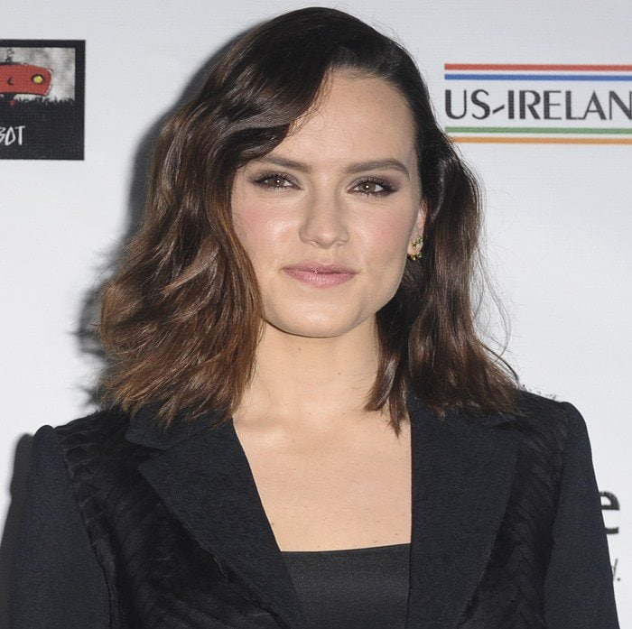 Daisy Ridley on the green carpet at the 2016 U.S.-Ireland Alliance Oscar Wilde Awards at Bad Robot in Santa Monica on February 25, 2016