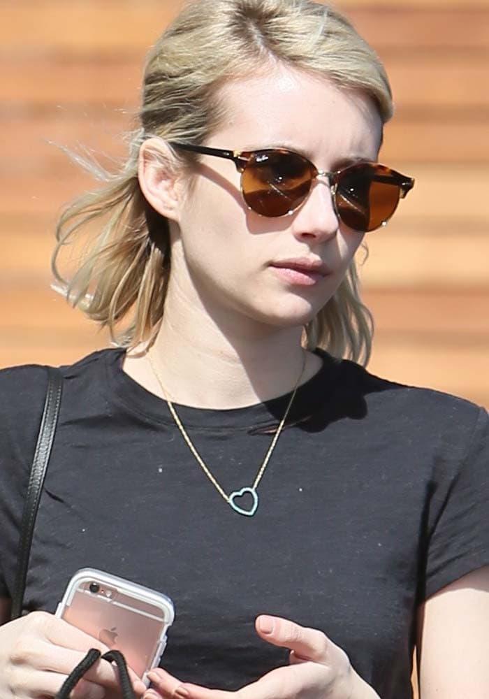 Emma Roberts Maxfields Converse 1
