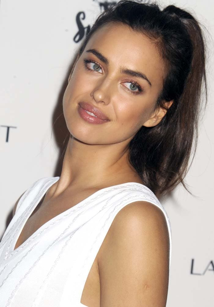 Irina Shayk celebrated her Tahiti-shot SI Swimsuit spread