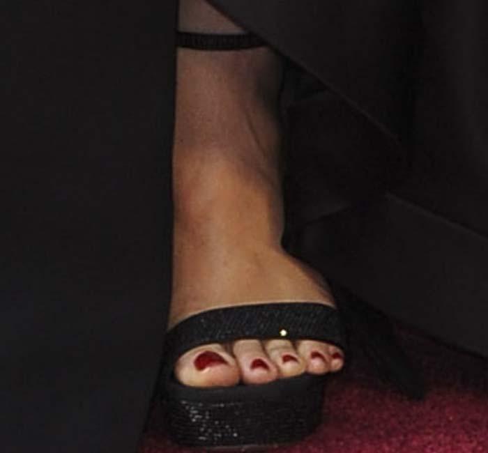 Jennifer Garner's feet in embellished Rene Caovilla sandals