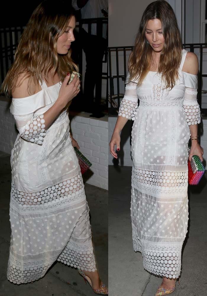 Jessica Biel shows off her shoulders in a white Self-Portrait dress