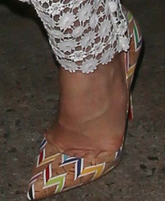 Jessica Biel's feet in cork-and-chevron Christian Louboutin pumps