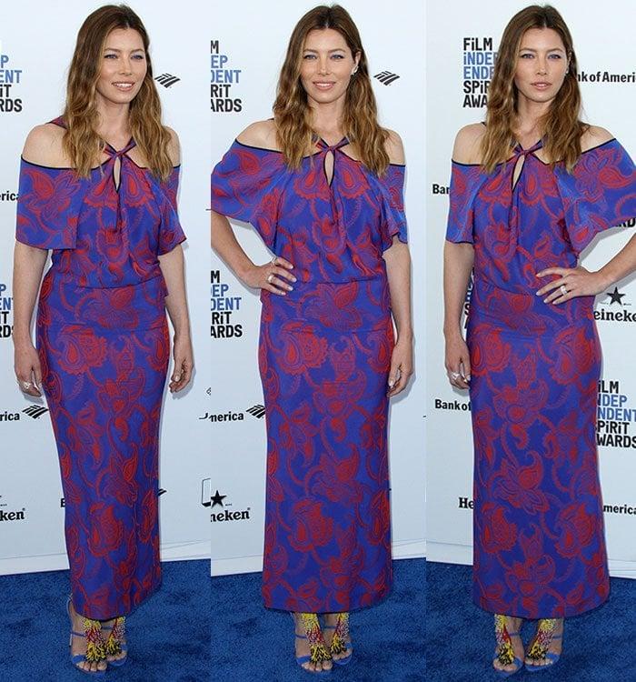 Jessica-Biel-Roland-Mouret-blue-red-paisley-print-dress