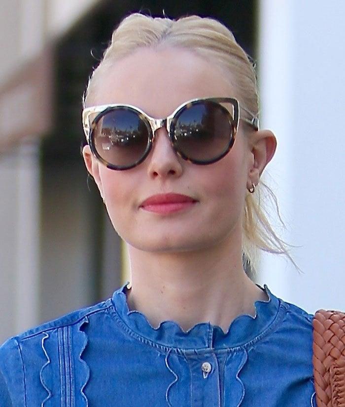 Kate-Bosworth-bun-hairstyle-sunglasses-lipstick