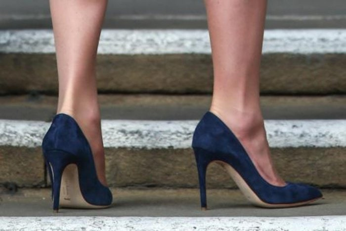 Kate Middleton Suede Rupert Sanderson Pumps Close Up 1