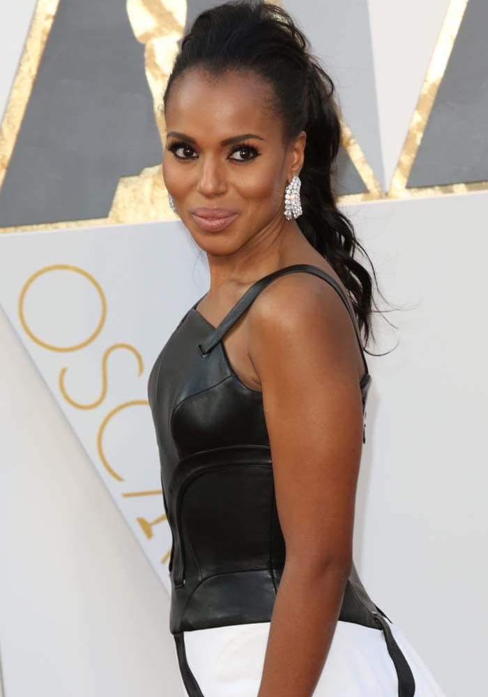 Kerry Washington in a black-and-white dress by Atelier Versace featuring a leather bustier