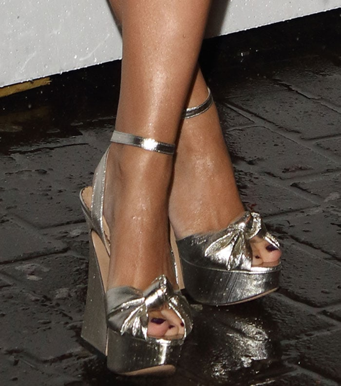 Kylie-Minogue-Charlotte-Olympia-Vreeland-Sandals