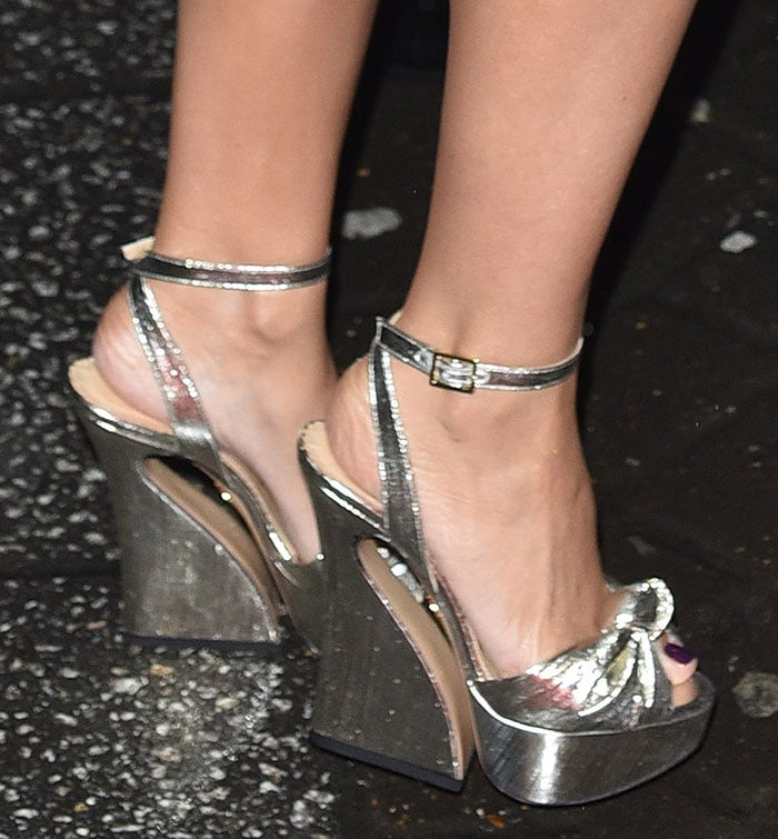 Kylie-Minogue-Charlotte-Olympia-silver-sandals