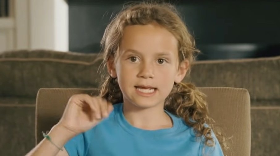 Maude Apatow as Sadie in the 2007 American romantic comedy film Knocked Up