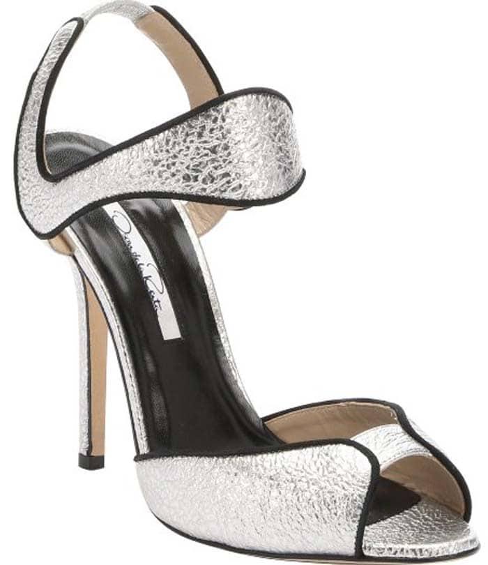 Oscar de la Renta Silver Leather 'Annabel' Ankle Strap Sandals