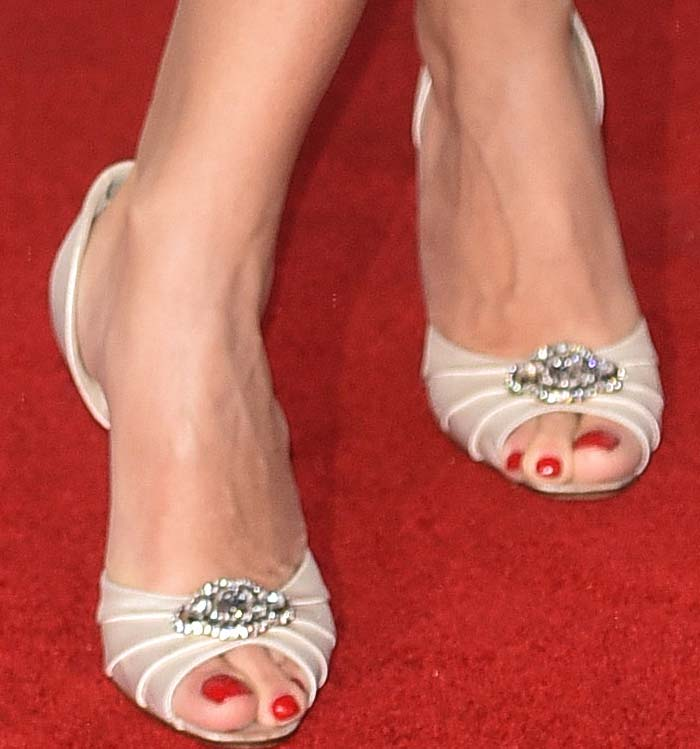 Penélope Cruz's feet in satin embellished sandals