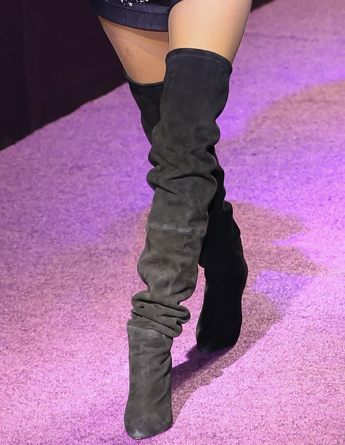Penelope-Cruz-black-suede-thigh-high-boots