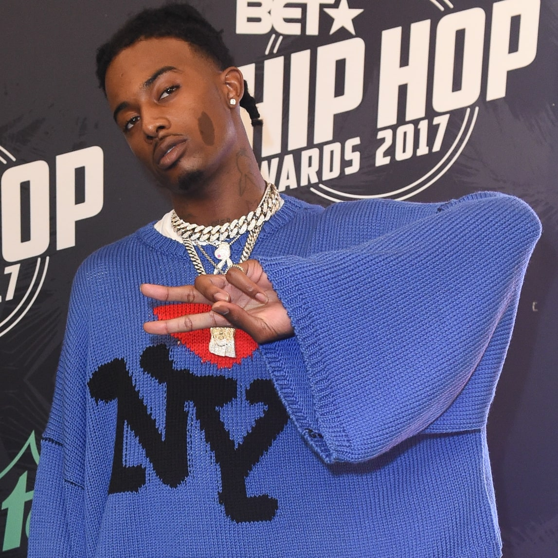 Australian rapper Iggy Azalea has been linked with American rapper Playboi Carti in an on-and-off relationship since 2018