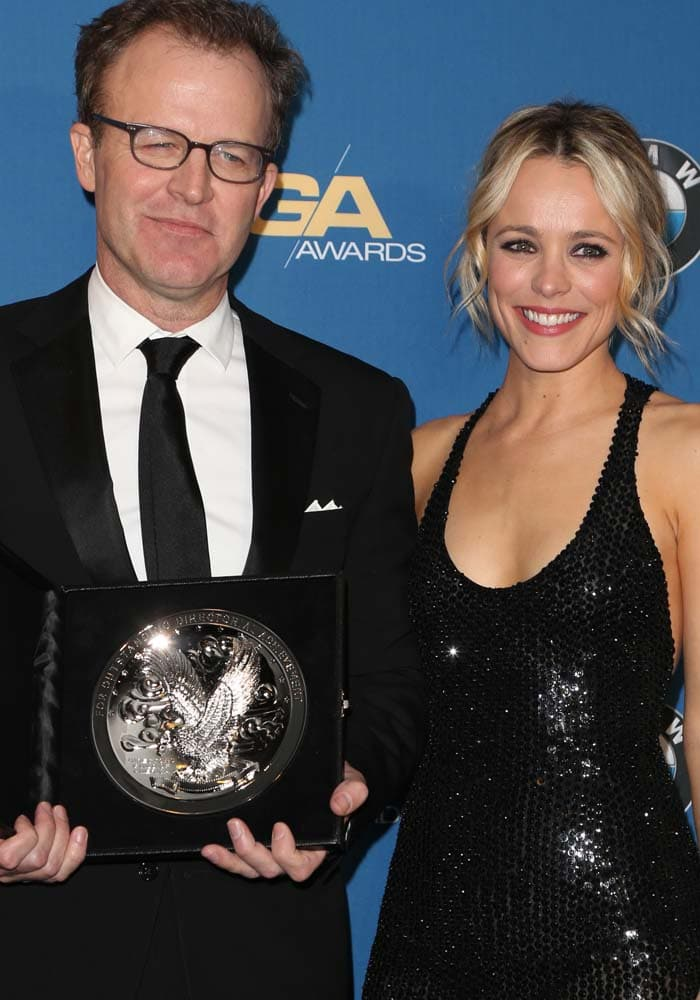 """Spotlight"" director Tom McCarthy and actress Rachel McAdams pose for photos together"