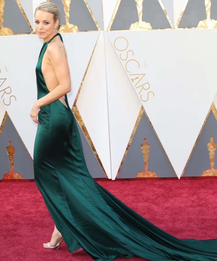 Rachel McAdams shows off her back in a green dress from August Getty