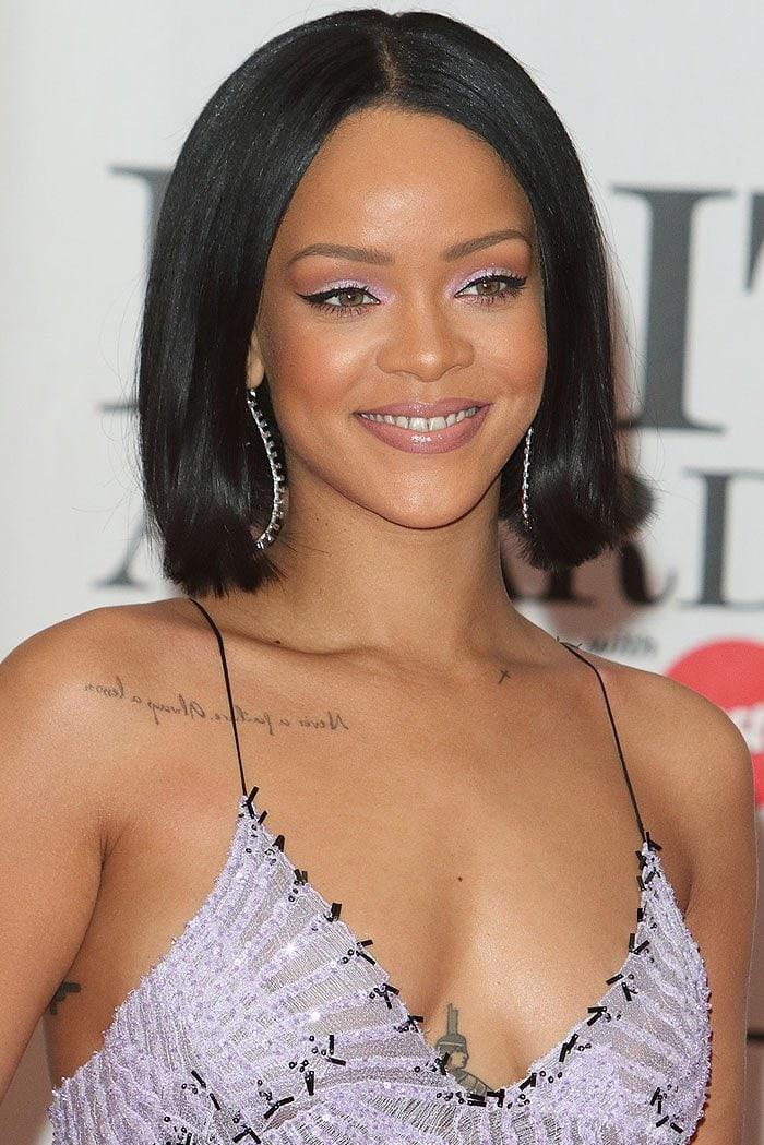 Rihanna 2016 BRIT Awards