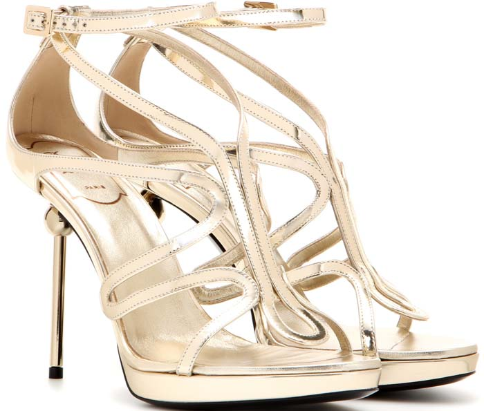 Gold Roger Vivier 'Ondulation' Metallic Leather Sandals