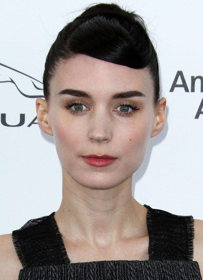 Rooney-Mara-Audrey-Hepburn-updo