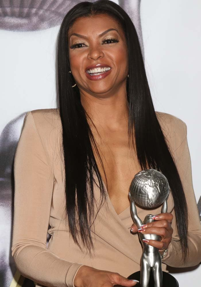 Taraji P. Henson wears her hair down at the 47th annual NAACP Image Awards