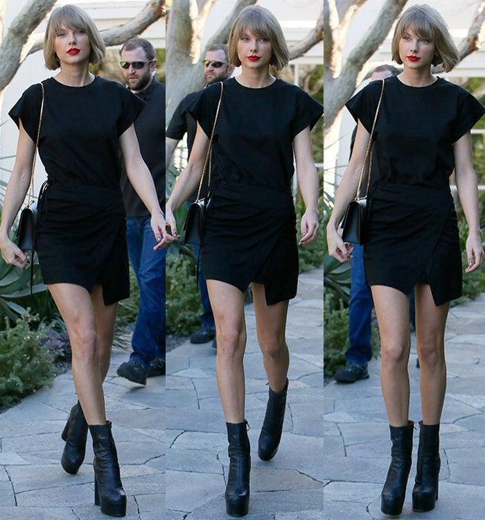 Taylor-Swift-legs-Isabel-Marant-black-t-shirt-dress