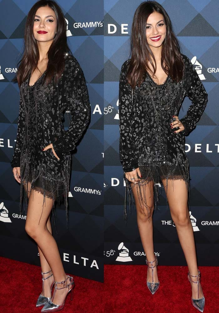 Victoria Justice flaunts her legs in a flapper-inspired dress by Roberto Cavalli