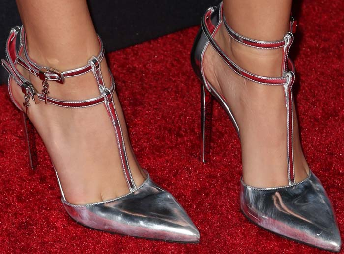 Victoria Justice shows off her feet in Starlet heels from Cesare Paciotti