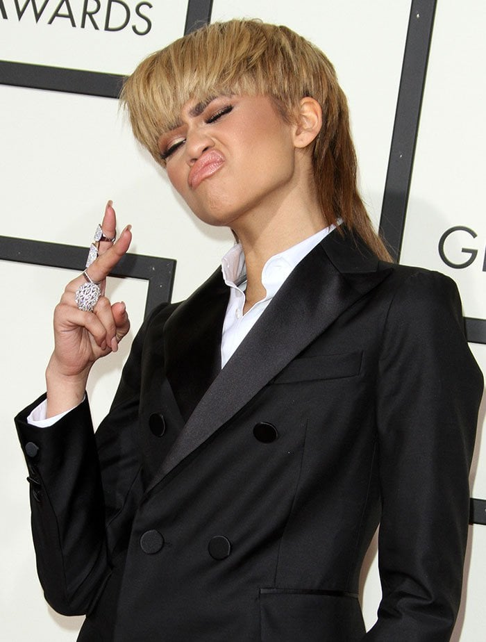 Zendaya-DSquared2-black-suit