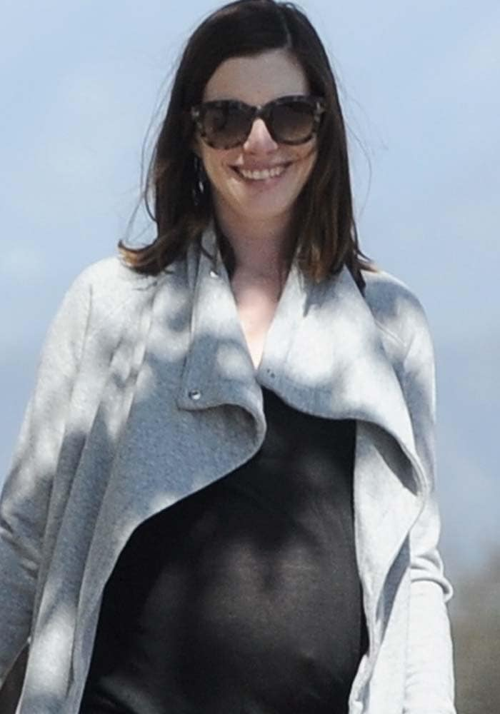 Anne Hathaway Pregnant Hiking Asics 1