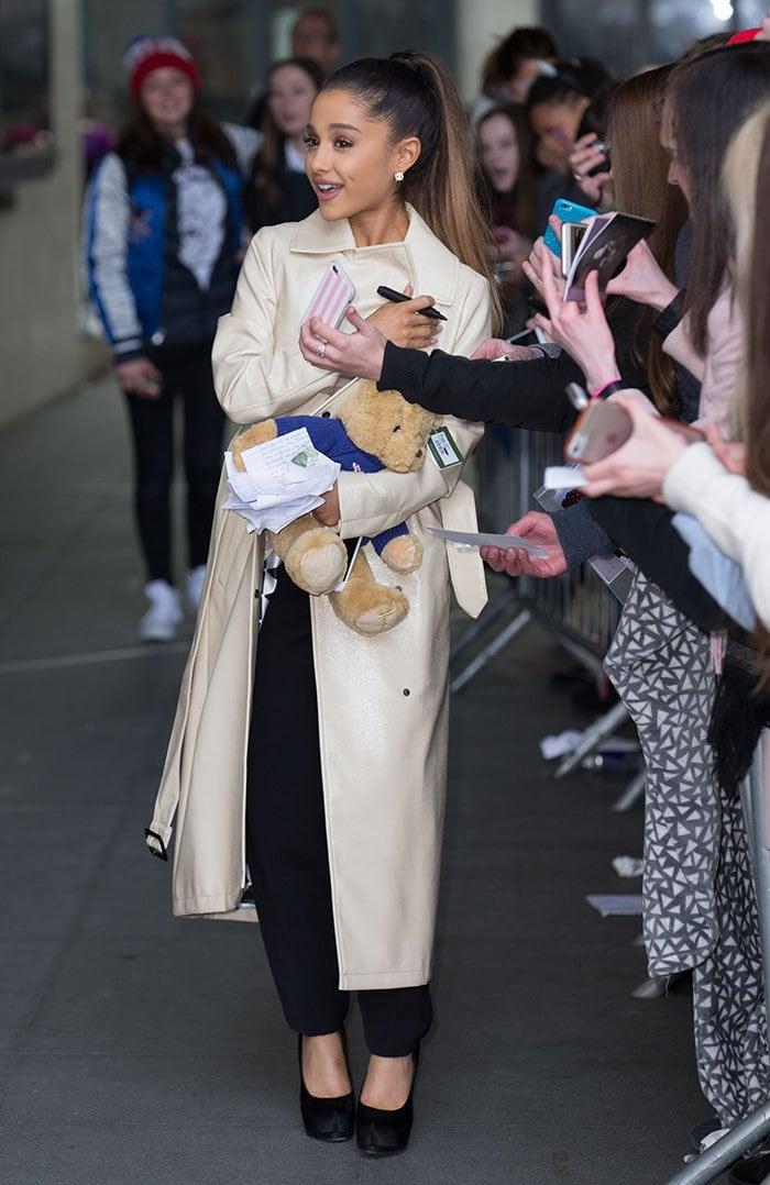 Ariana-Grande-fans-outside-BBC-Radio-1