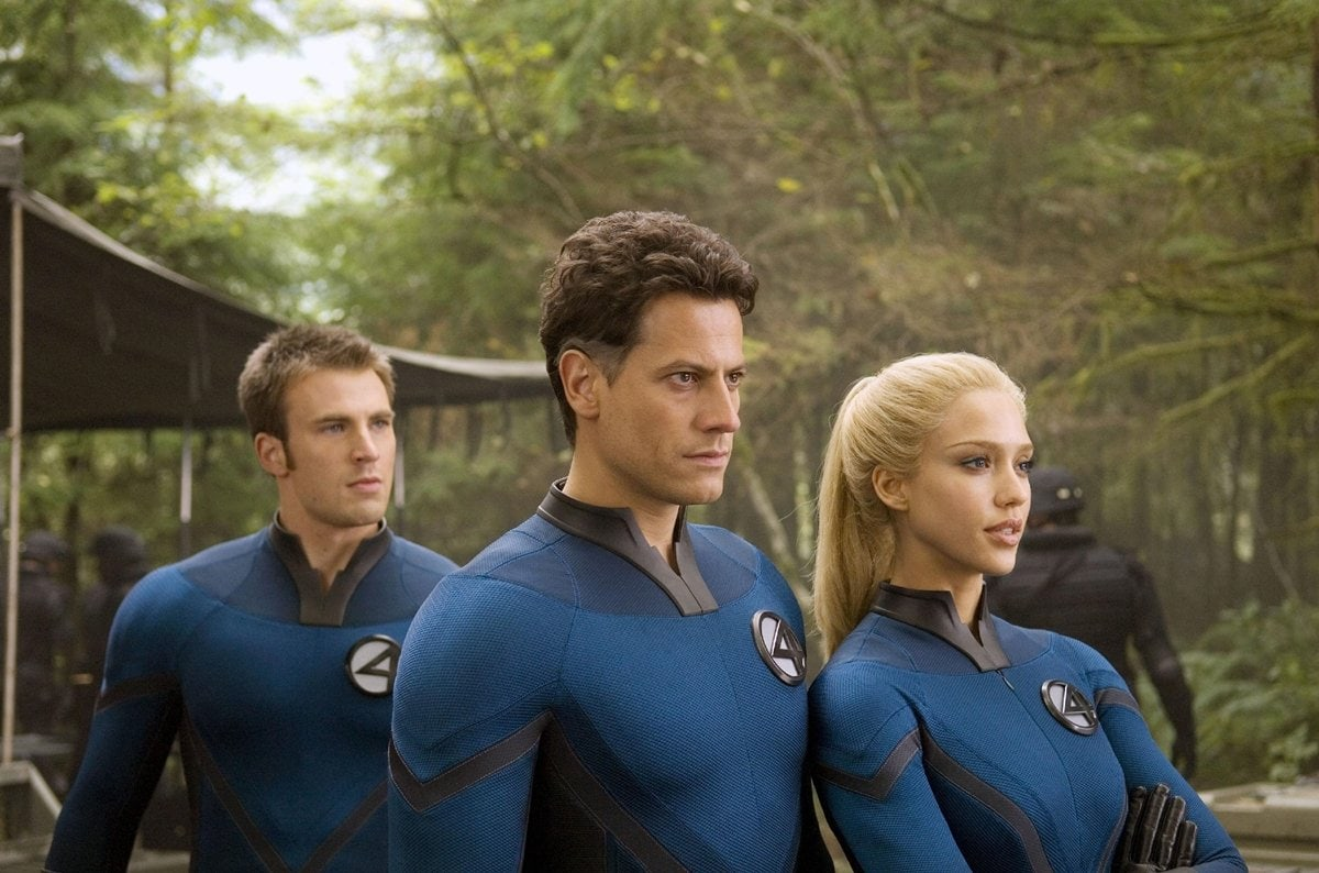 Ioan Gruffudd as Reed Richards, Jessica Alba as Sue Storm, and Chris Evans as Johnny Storm in Fantastic Four: Rise of the Silver Surfer