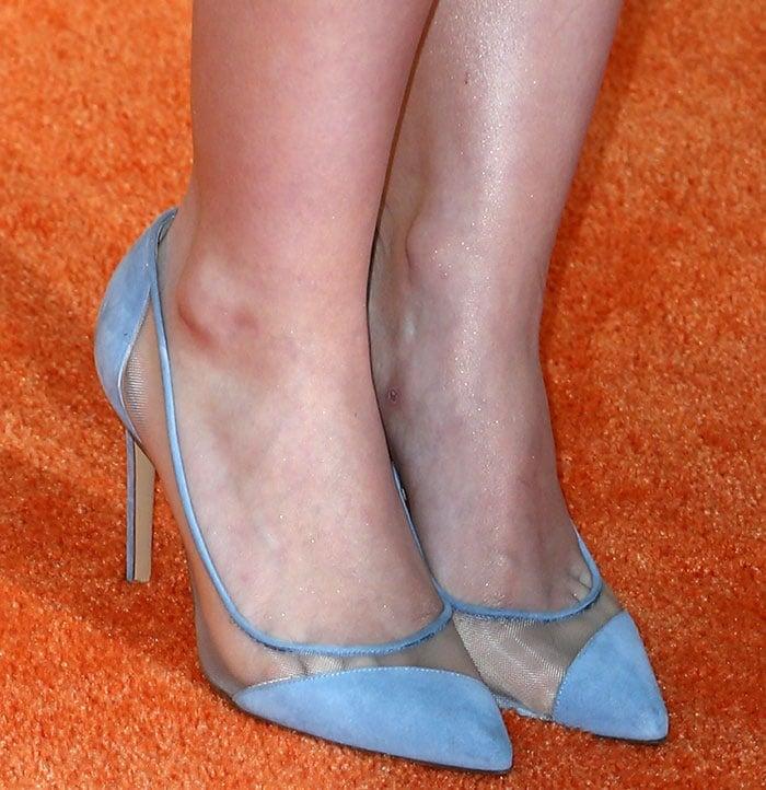 Dove Cameron shows off her feet in cornflower blue Bionda Castana pumps