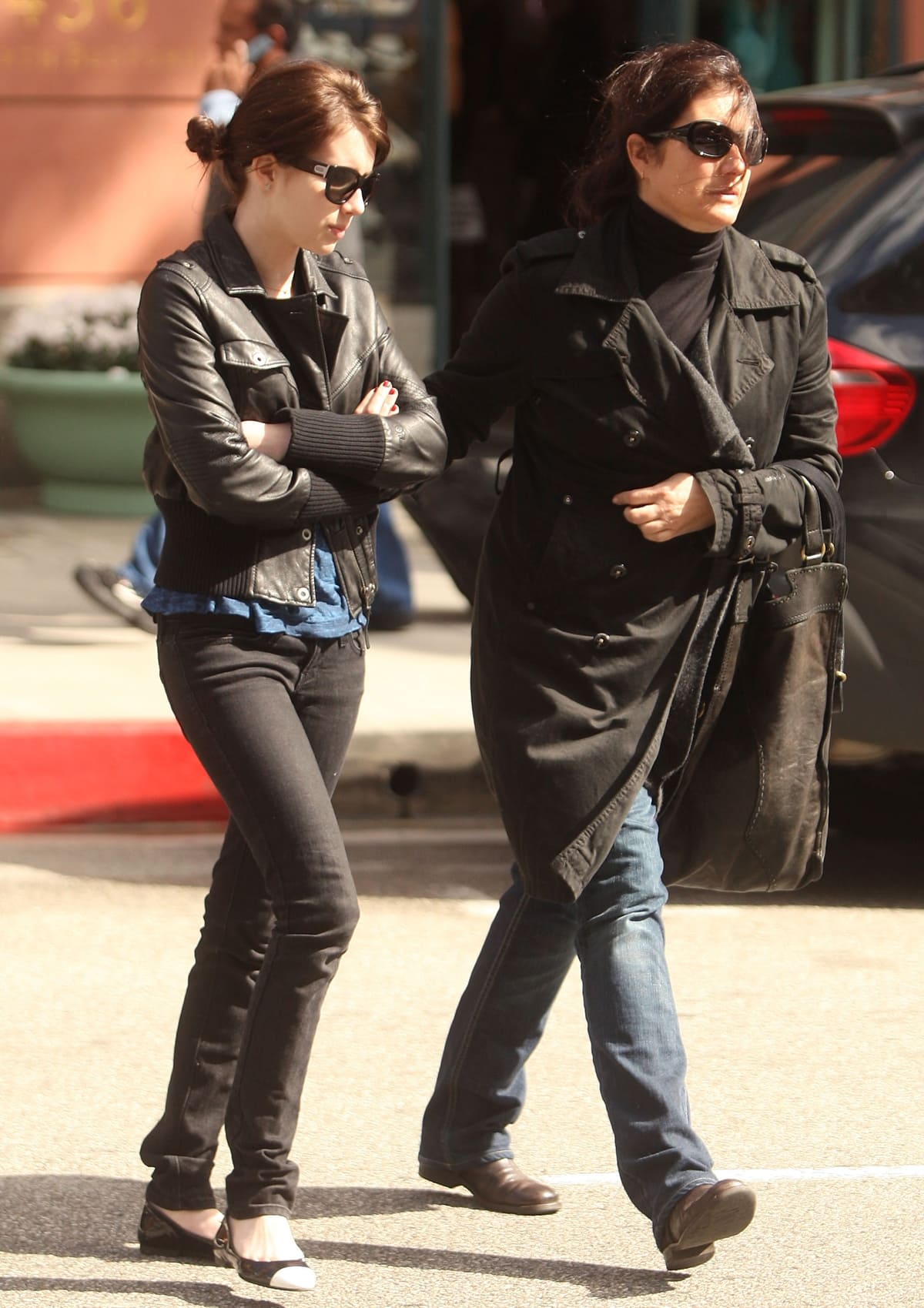 Emma Roberts out for a walk with her mother Kelly Cunningham