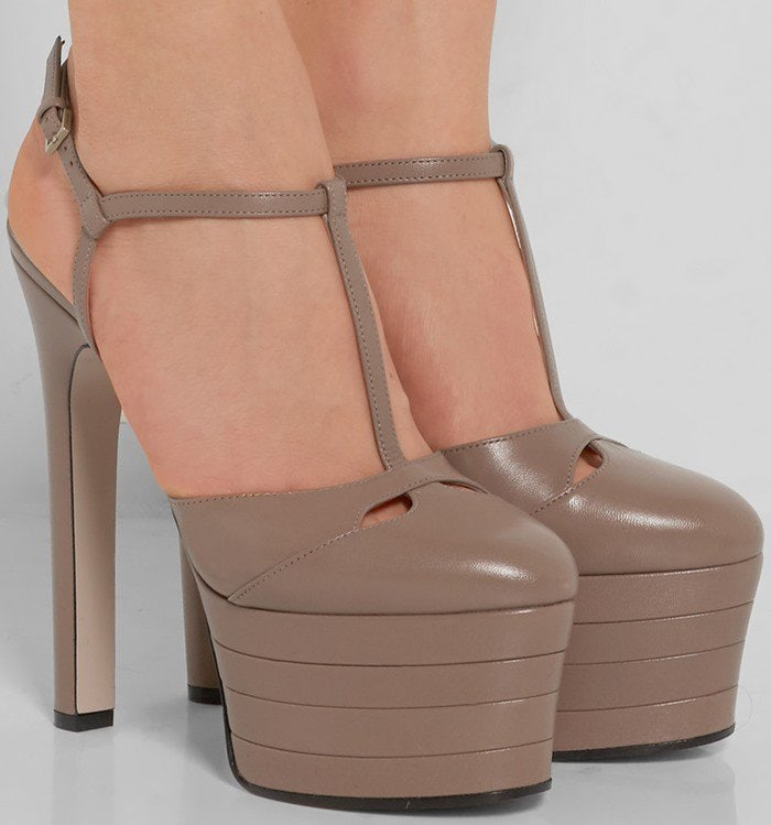 Gucci 'Angel' Leather Platform Pump in Taupe