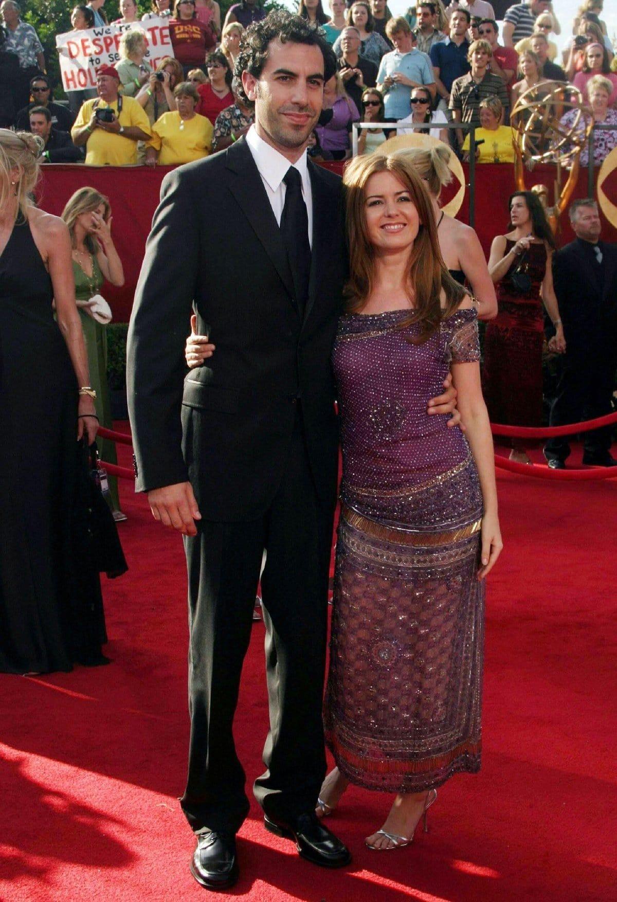 Actress Isla Fisher and her much taller boyfriend Sacha Baron Cohen