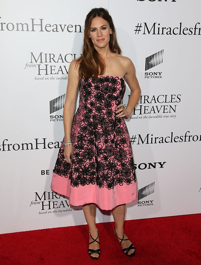 Jennifer-Garner-Miracles-From-Heaven-Los-Angeles-premiere